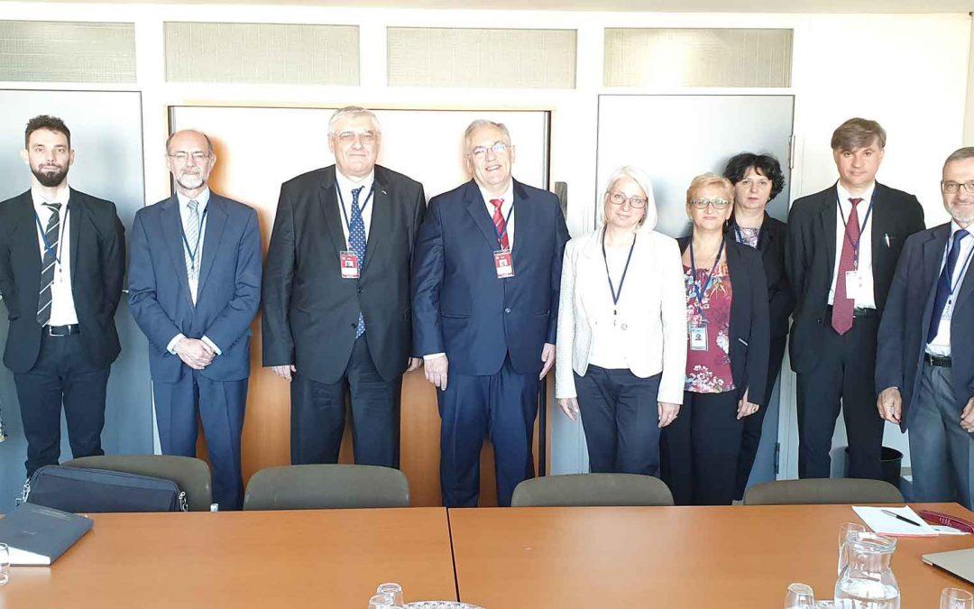 Делегација Републике Србије на билатералним састанцима са представницима Мађарске и Румуније